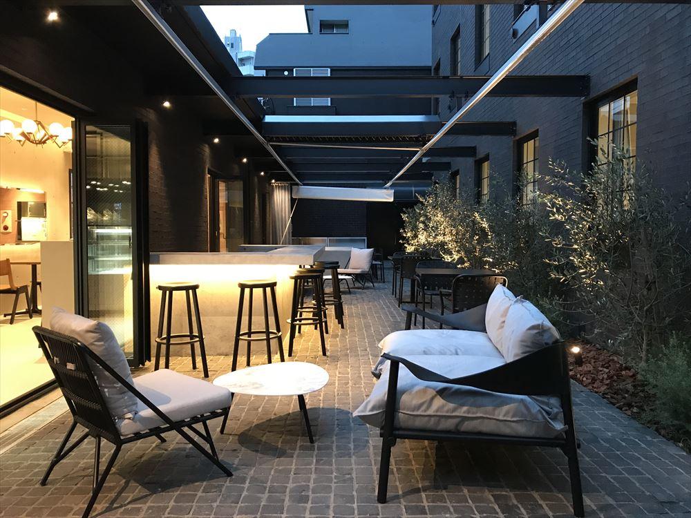 新宿に初のダイバーシティホテル、設計から接客までLGBT起用