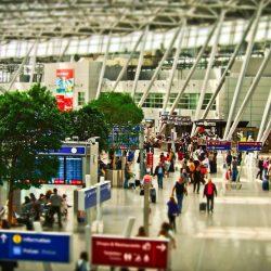 年末年始の海外旅行、0.3%増で過去最高 国内は2.1%減