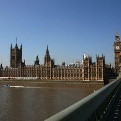 英国議会によるトーマスクック歴代CEOへの聴聞