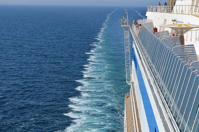 大型クルーズ船問題とドイツ市場