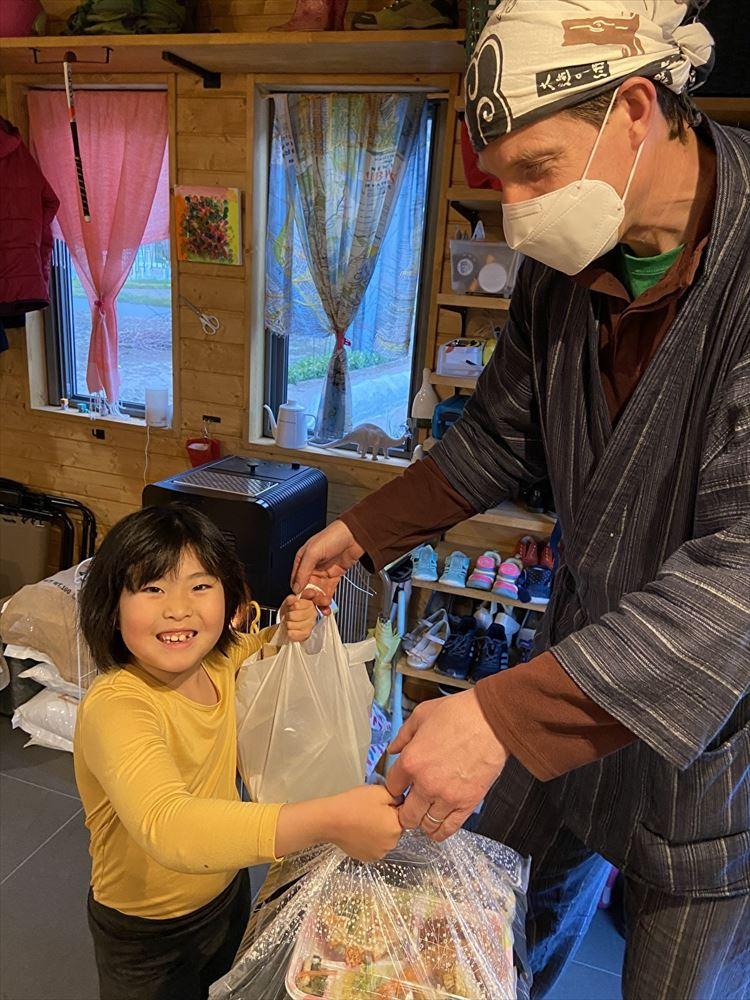 戸倉上山田温泉、地元グルメを配達 旅館やタクシー会社らが協力