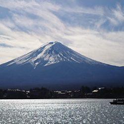 山梨と静岡、県民の観覧料半額に 連携事業を拡大