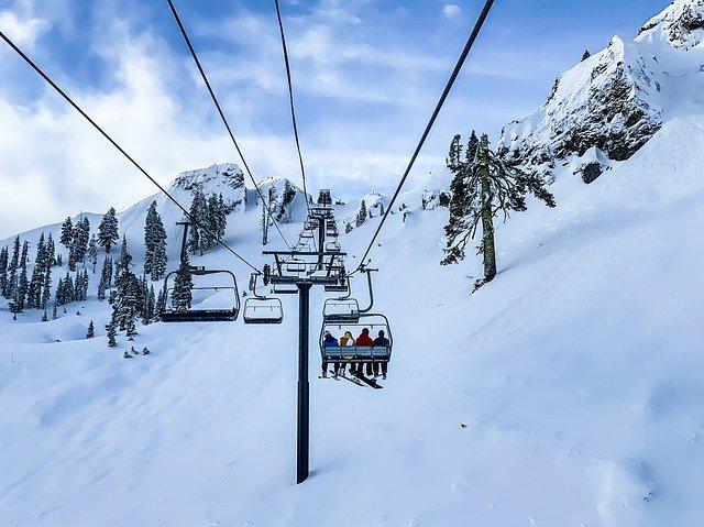 白馬スキー場もコロナ対策、シーズンを前に徹底