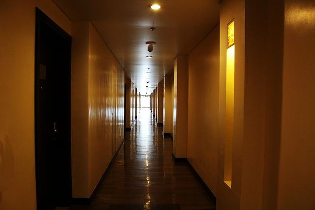アコー、500軒に電子キー導入 大手ホテルの非接触対応加速