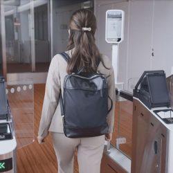 顔認証の搭乗手続き開始 JALとANA、成田・羽田国際線で正式運用
