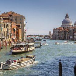 観光客分散化へイタリアの試み