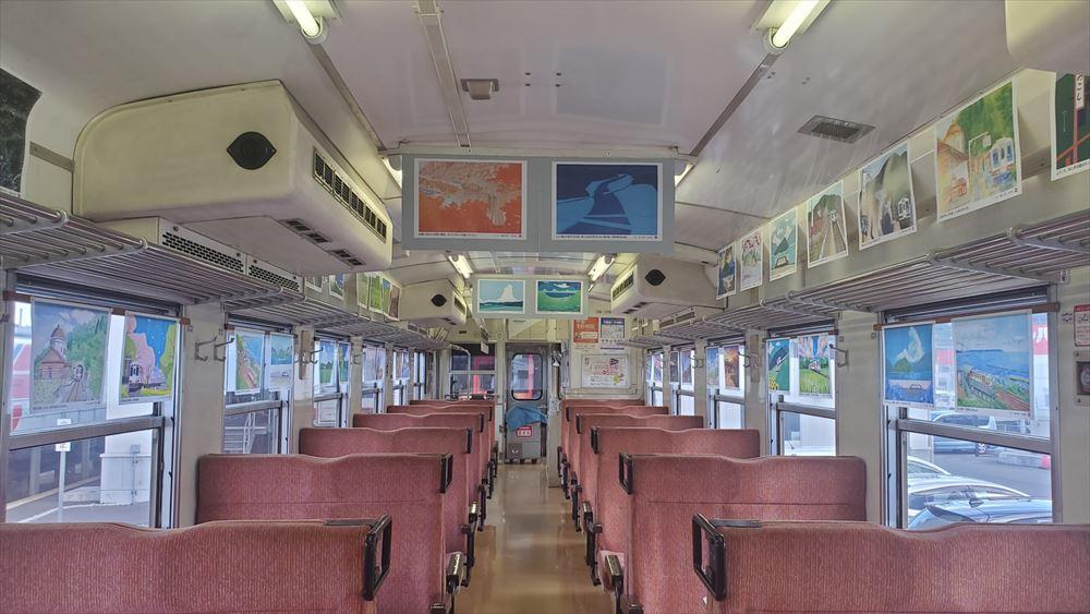 三陸鉄道にギャラリー列車、絶景を車窓とイラストで 沿線地域の活性化願い